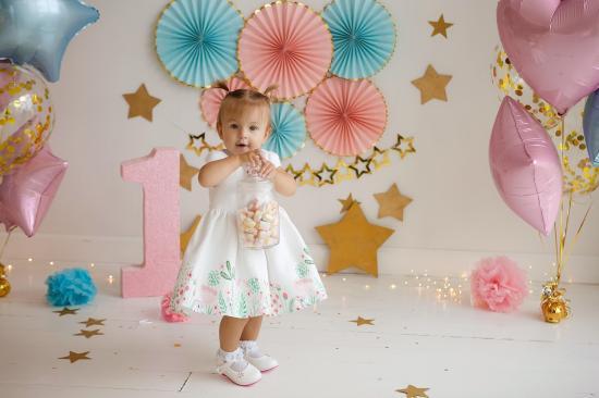 Алисе годик:) фотосессии дня рождения