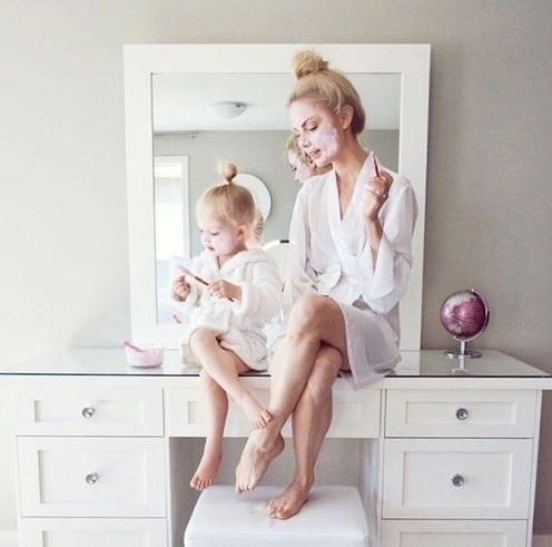 Привет, девчонки ищу маму+дочь