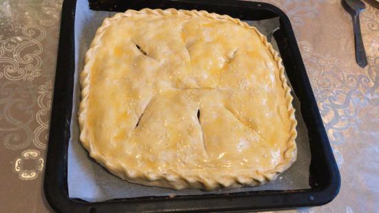 Мясной пирог с фаршем и картошкой