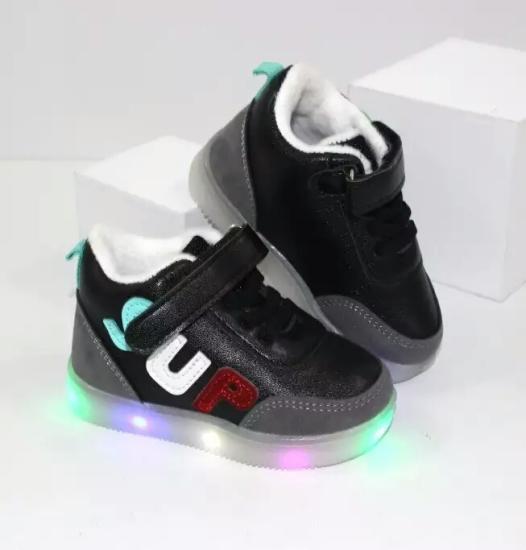 Деми ботинки  Материал: экокожа
