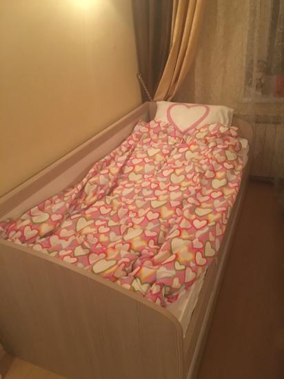 Теперь у дочки своя взрослая кровать