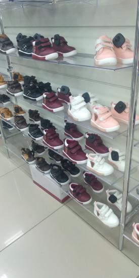 Новые ботинки на девочек 600 руб