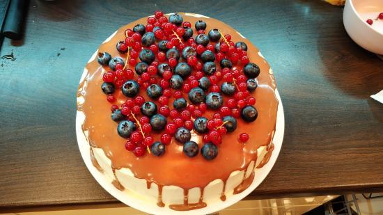 Запоздавший торт ко дню Рождения
