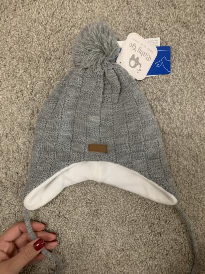 Новая шапка. Размер примерно на