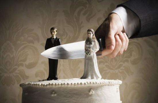 Мамочки, кто из вас переживал развод?