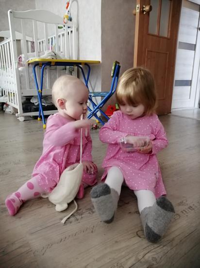 Два моих солнышка))))