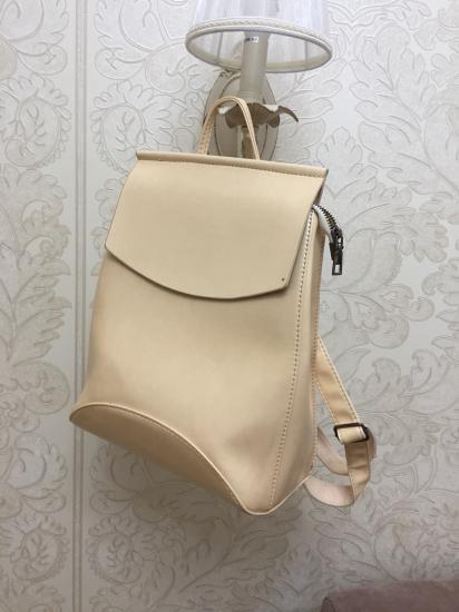 Дамы, забирайте рюкзак за 1200₽.