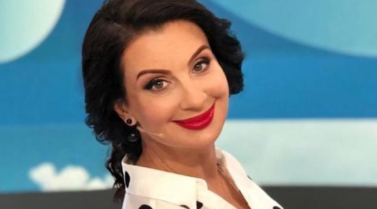 51-летняя актриса и телеведущая