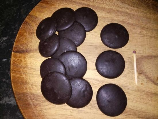 Шоколадная глазурь без добавок.