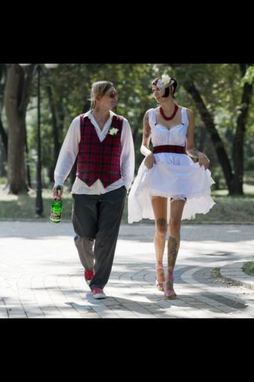 И я покажу свадебные фото) начали
