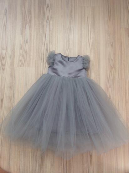 Продам платье на девочку 2-3 года.