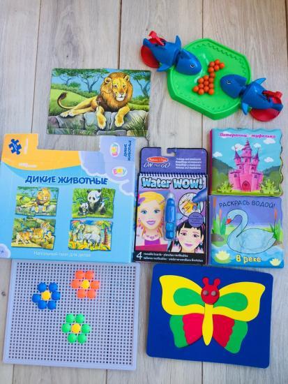 Пакет игрушек (пазлы, водные раскраски,
