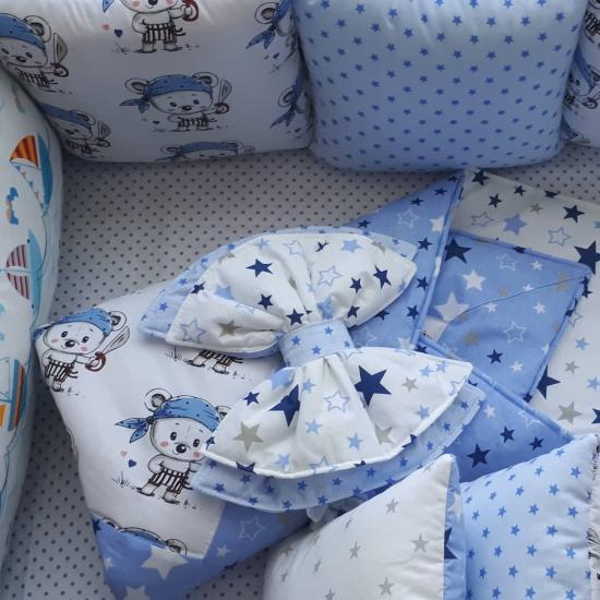 Новый комплект в кроватку Бортики