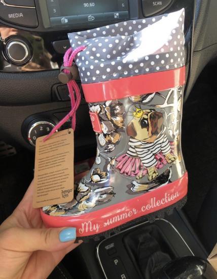 Новые резиновые сапоги на девочку!