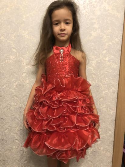 Очень крутое нарядное платье на