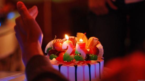 🍭🎂🎁 Happy birthday to me